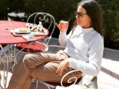 Collège les Chatelaines Triel sur Seine   it's tea time !