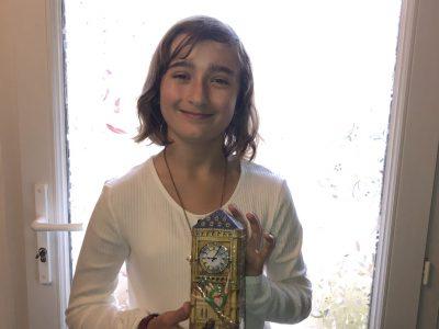 Vouillé, collège Notre Dame de la Chaume.  Je porte Big Ben, souvenir de mon voyage à Londres en février 2019. Thank you ! Julianne