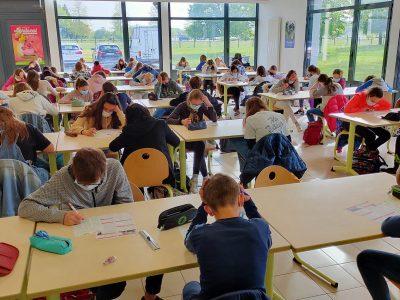 Collège Marcel Anthonioz à Divonne les bains. Les élèves en plein effort!