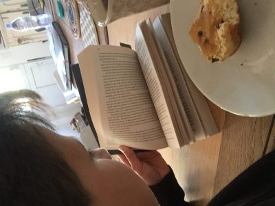 Paris Institut La Tour. Lecture avec le thé le scowns et le livre. Il manque juste le nuage de lait.    :):):):):):):):):):):):):):):):):):):):):):):):):):):):):):):)  ;););););););););););););););););););););););););););););););););););););)