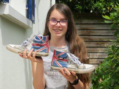 Thouaré-sur-Loire, collège Les Sables d'Or.  Avec ces chaussures, on peut dire que je j'aime l'anglais de la tête aux pieds !