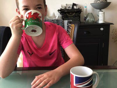 Collège Cécile Sorel, MERIEL 95630  Un petit thé afin de se souvenir du voyage au pays de Galles avec ma classe.
