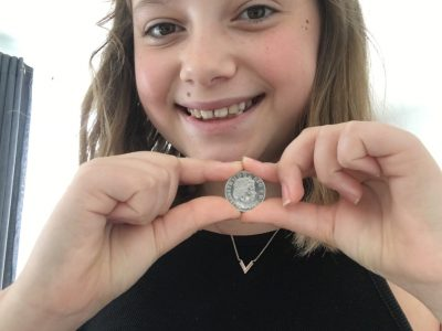 Je m'appelle Abbie blanchard ,j'ai 11 ans et je suis a l'institut Notre dame de bourg-la -reine