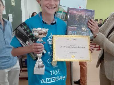 Félicitations à Jean, élève de 5e, du Collège Notre Dame les Oiseaux à Verneuil sur Seine, qui gagne une super tablette!