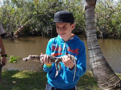 Rencontre avec les alligator en Floride, heureusement qu'il avait la bouche scotché, il se serait fait un plaisir de me croquer