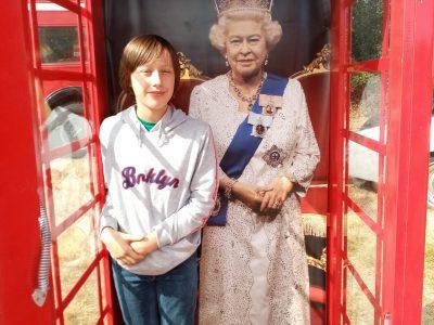 Montbron, Collége François Mitterand.  Me and the Queen Elisabeth !