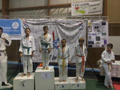 valette lucas collège Jaques Prévert  c'est ma deuxième place au championat de la loire j;ai malheureusement perdu en final.