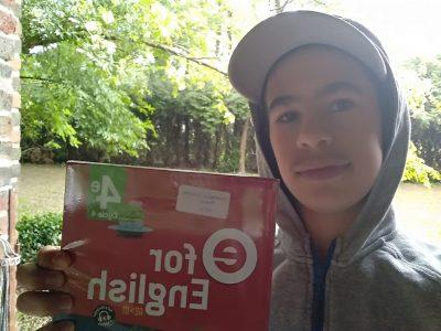 Limoges Collège Albert Calmette - Mateo CHAMBON RANGO - 4e2  I like English books !