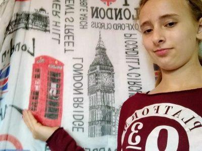 la Talaudière collège pierre et marie curie London in my hand
