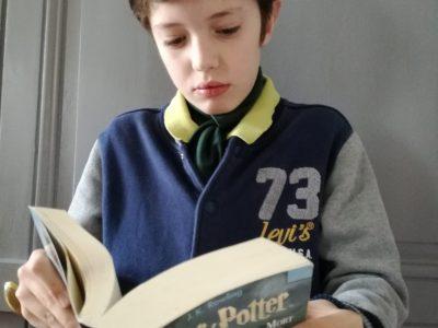 Angers - Collège Saint Augustin  Me voici en élève britanique, passionné par les livres d'Harry Potter