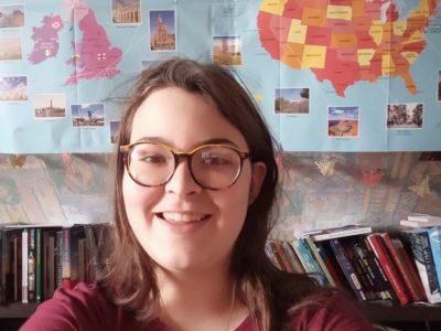 Marlenheim Collège Grégoire de Tours  Un selfie avec une carte de l'Angleterre et des États-Unis.