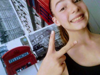 Agen-Collège Jasmin les Iles  Selfie dans ma chambre à l'ambiance LONDON