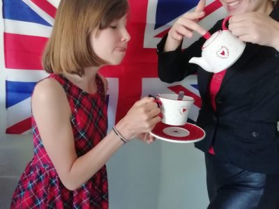 Neuves Maisons Collège Jules Ferry Happy Tea Time !!
