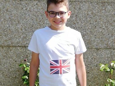 école de Nouvion-en-Phontieu collège Jacques Prévert j ai mis un maillot avec le drapeau du Royaume-Uni