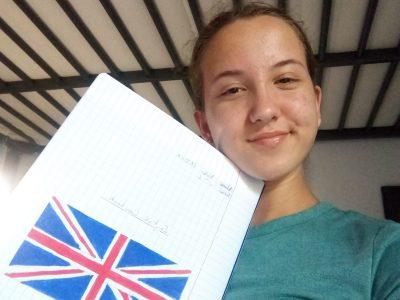 Voici ma photo avec mon cahier d'anglais