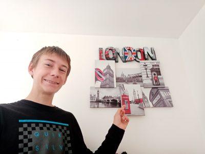 Amiens, Collège Edouard Lucas. Mon rêve est d'aller à Londres pour voir Big Ben, et en voyant ces deux tableaux, j'accomplis ce rêve.