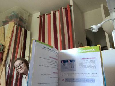 J'habite à Paris et mon collège se nomme Saint Germain de Charonne. La photo que j'ai faite me représente en train de nager dans l'anglais.