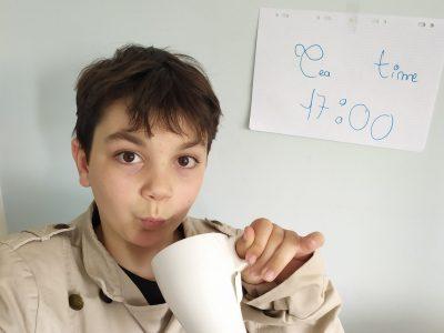 """La Madeleine, Collège Saint Jean """"It's tea time break !"""""""