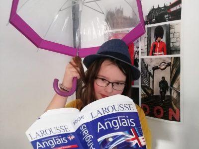 Quelle joie de se balader dans Oxford Street un jour de mauvais temps à Londres !  BESSAN College Vuctor Hugo