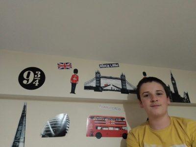 Roujan Collège Boby Lapointe. L'Angleterre dans ma chambre.