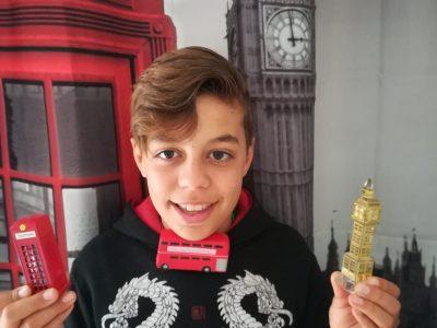 Roméo du collège canaguet saint viateur à onet le chateau (12) L'Angleterre est entre mes mains !!!!!!!!!!!!!!
