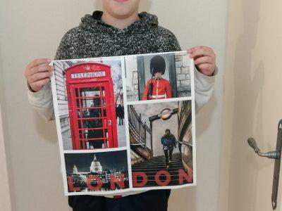Collège Henri Emanuelli à LABRIT dans les Landes. J'ai pris la photo avec un poster de Londres en espérant un jour pouvoir m'y rendre avec toute ma famille .