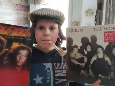 calais école et collège jeanne d'arc les beattles ,les bee Gees, james bond, chapeau melon et bottes de cuir , Dépéche mode et sans oublier le célèbre Harry Potter font partis de ma culture pop !!! God Save the Queen
