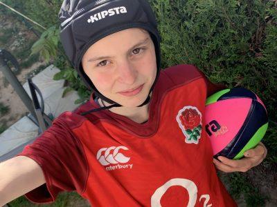 Voisins-le-Bretonneux collège Jean François Champollion  La rose c'est le symbole de l'amour mais aussi celui du XV d'Angleterre ... Vive le rugby !!!!!!!!!