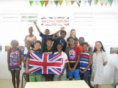 Le Big Challenge au LYCEE FRANCAIS LE CLEZIO à PORT VILA au VANUATU (Pacifique Sud), un groupe d'élèves de 4e.