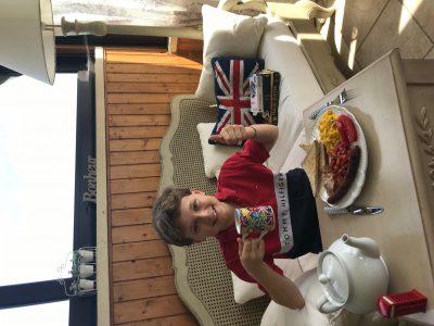 Collège André Fargeas, LUBERSAC. Rien de mieux qu'un bon English breakfast après le Big Challenge ! :)