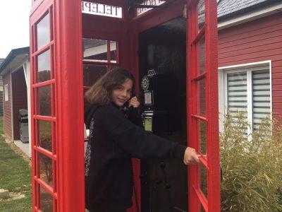 Luneray collège Maurice Maeterlinck Photo prise à ma maison dans ma cabine téléphonique anglaise