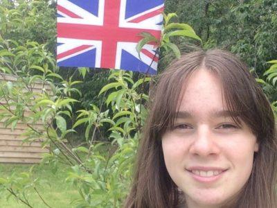 Moi, ce n'est pas sur la lune que je met mon drapeau mais dans un arbre pour rappeler qu'il faut préserver la nature !  Collège Louis Pergaud à Dozulé