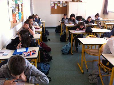 Fourchambault, collège Paul Langevin. Concentrés et studieux les élèves ont donné le meilleur d'eux-mêmes!
