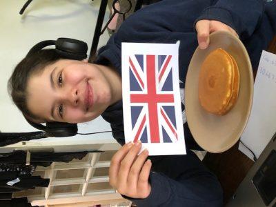 Trappes   Collèges Youri Gagarine    Pancakes et drapeau   Adao Zoé 6°7