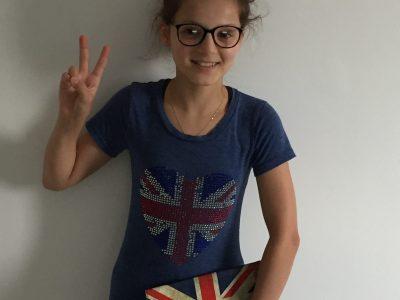 Je suis au collège de Bertran de Born à Périgueux et j'adore mes cours d'anglais.