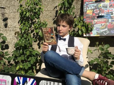 - LES AUBIERS (79250) - COLLEGE ABBE PIERRE  - Tea time in the garden !