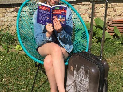 Je viens du collège CARLIN LEGRAND à BAPAUME. J'attends le bus pour aller à Londres. Ma valise est prête et je me documente sur la ville que je vais visiter. Je vais très bien !