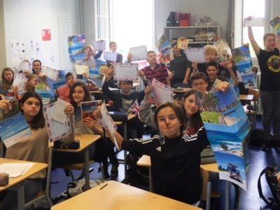 Cette fois-ci la classe 53 du Collège St Joseph du Parchamp de Boulogne Billancourt. Bravo!