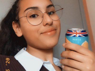"""Angoulême, Collège Sainte Marthe Chavagnes   """"I love England, I drink England"""""""