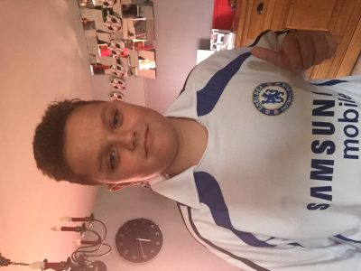 FLIXECOURT - COLLEGE NOTRE DAME. Je m'appelle Ethan et je suis fan de football mon équipe anglaise préférée est CHELSEA. ALLEZ CHELSEA !!!!!