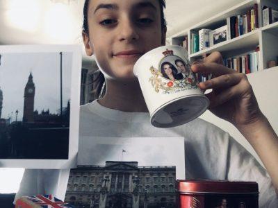 Boulogne-Billancourt Collège St Joseph du Parchamp  Carolina Mandurino 6eme Voici ma photo avec quelques objets venant d'Angleterre et deux photos que j'ai prisent lors de mon voyage.