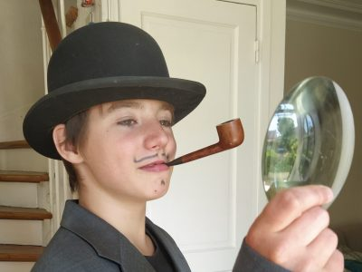 """COLLEGE SAINT ANDRE  A saint maur -  """"The well- known  Sherlock Holmes during the covid 19 !!"""""""