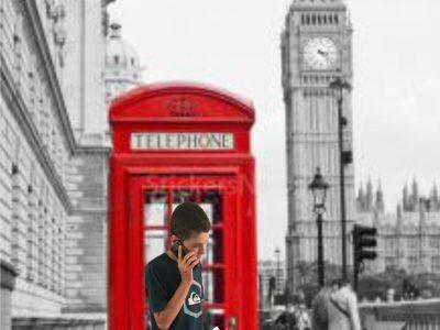 VERRIERES LE BUISSON, college Jean MOULIN. Je telephone toujours dans une cabine téléphonique même avec un portable ! avec mon nouveau kilt et en mangeant des Fish and Chips à côté du Big Ben