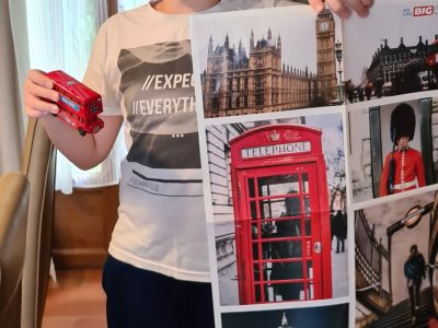 Montignac, Collège Yvon Delbos,  Le crayon et le poster ont été gagnés l'année dernière au Big Challenge et le bus impérial a été acheté dans un magasin
