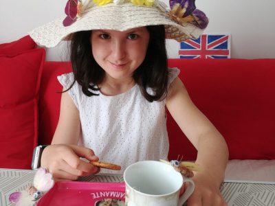 "Fontainebleau, collège Lucien Cézard : "" Tea-time ! """