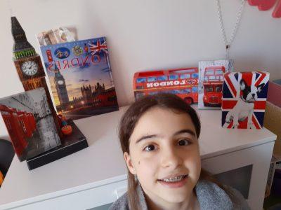 Cours Bastide Marseille 13005 Rue de Lodi. Malgré le confinement j'ai voyagé à Londres dans ma tête et dans un joli coin British, décoré de ma chambre.