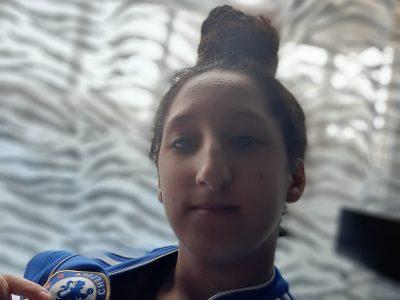 Layla EL MESKINE - 4 ème A - Collège Jeanne d'Arc - 51100 Reims   Je suis une grande fan du club de football anglais, le Chelsea FC !
