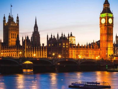 Lessay, COLLEGE GEORGES. DESDEVISE DU DESERT Voici Londres illuminé