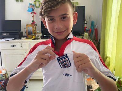 MARIGNANE - COLLEGE GEORGES BRASSENS  Fan de foot et d'Angleterre yeahhhhhhhh