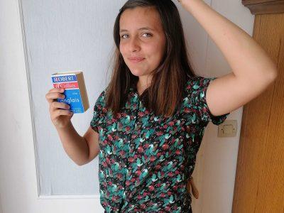 Aulnoy-Lez-Valenciennes, collège Madame d'Epinay  Pour m'aider à apprendre l'anglais , toujours avoir des dictionnaires sous la main :)